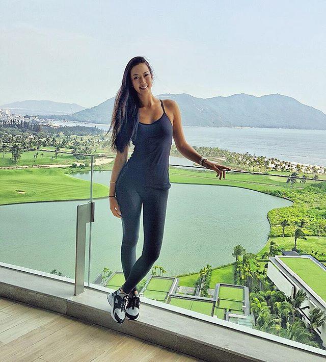 hot female golfer Michelle Wie at golf course