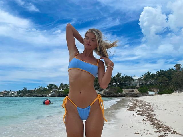 Tori Slater bikini